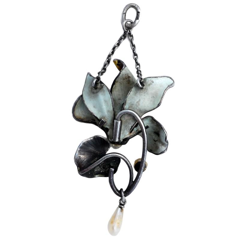 Meyle-Mayer-Silver-pendant-r